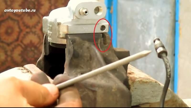 Изготовляем фиксатор из гвоздя для нового тормозного цилиндра ВАЗ 2101-2107