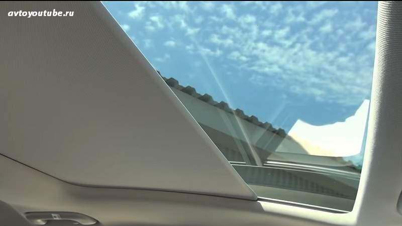 Люк - хорошая имитация панорамной крыши в Киа Сид